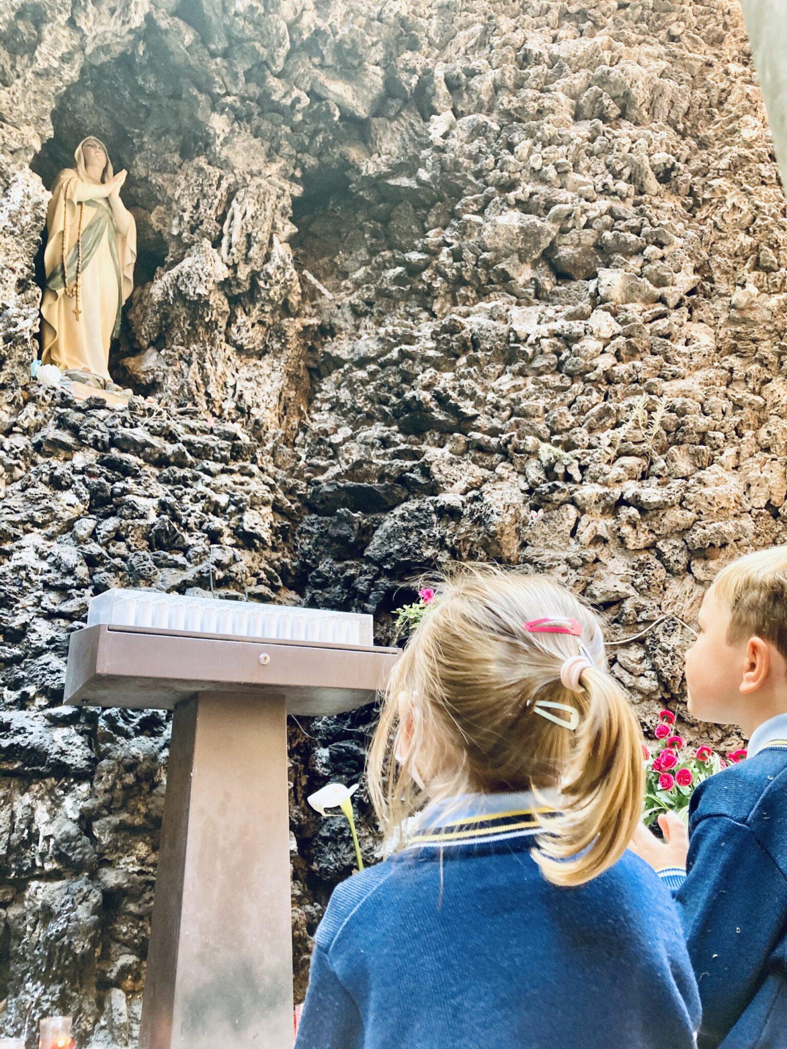 Departamento eclesiástico colegio virgen de las angustias granada